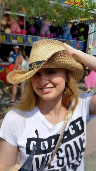 Karolina, 26 cherche une relation discrete