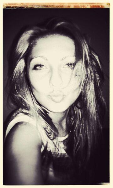 Rania dispo pour le plaisir sexuel a Ivry-sur-Seine