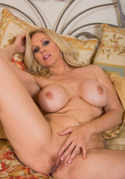 Marion cherche le plaisir sexuel