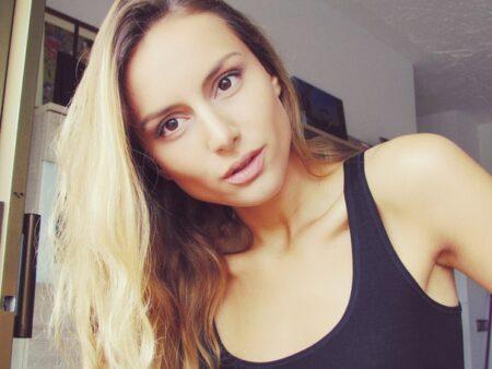 Lindsay dispo pour une complicité sexuelle a Issy-les-Moulineaux