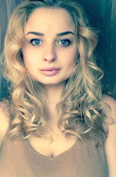Leyla, 22 cherche une aventure