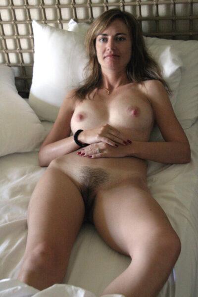 Haya, 43 cherche un plan sexe discret