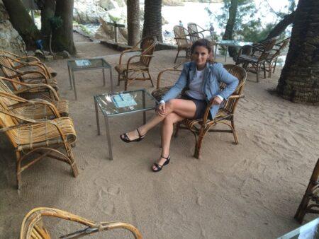 plan cul avec Lilia, femme fontaine a Asnieres-sur-Seine